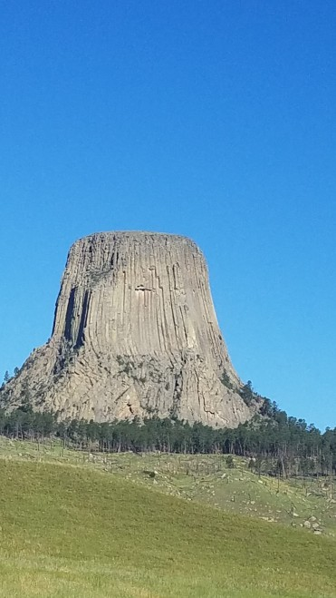 Devils Tower - getting closer